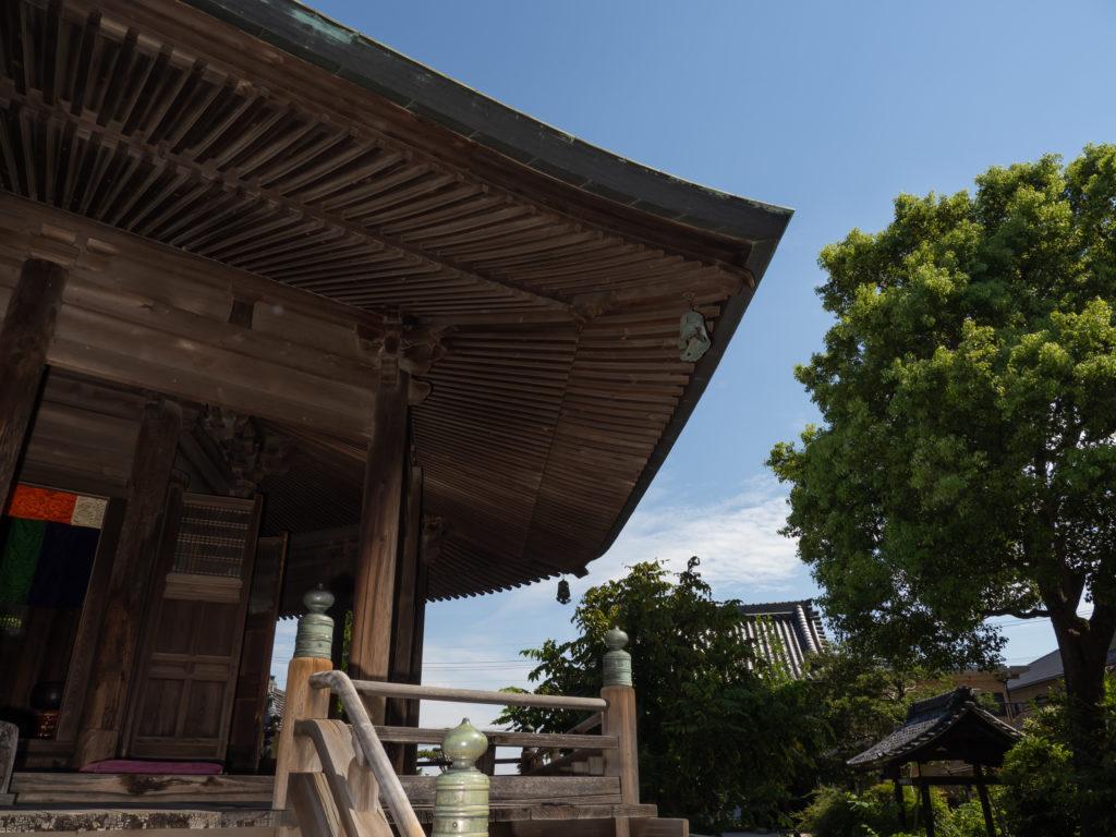 地蔵堂(鉄造地蔵菩薩立像が安置されている)